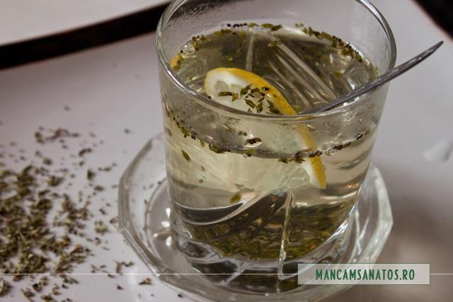 ceai de cimbru, cu lamaie