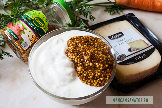 ingredientele pentru sosul de iaurt si branza cu trufe, pentru aperitiv festiv
