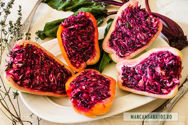 ardei umpluti raw vegan, cu varza si sfecla rosie