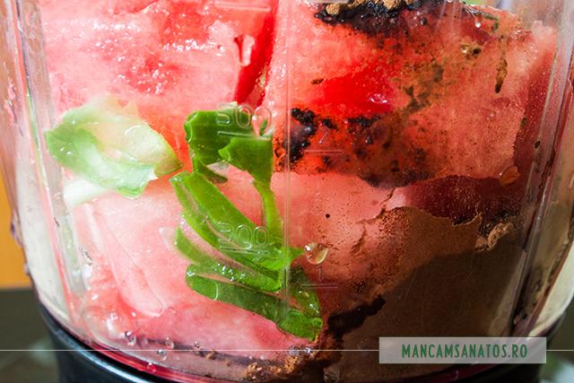 pepene rosu, aloe si carob, pentru bautura