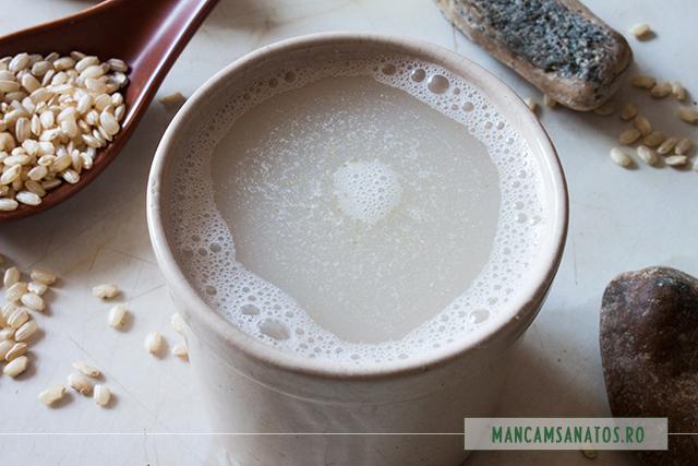 bautura cu orez integral si condimente