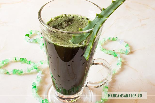 suc verde cu aloe vera, spirulina si chlorella