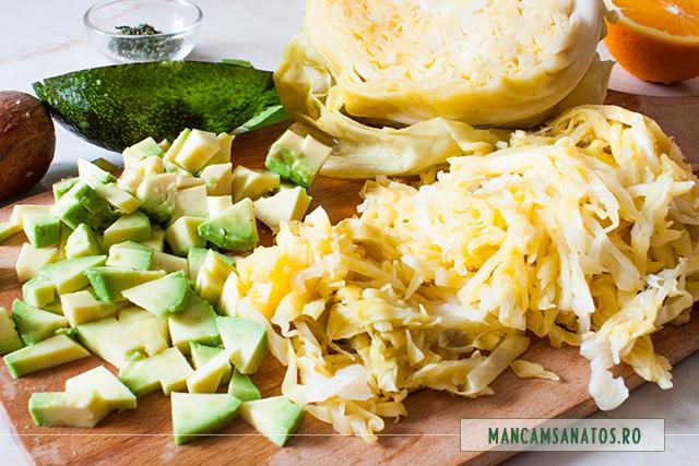 varza murata, avocado si cimbru, pentru salata