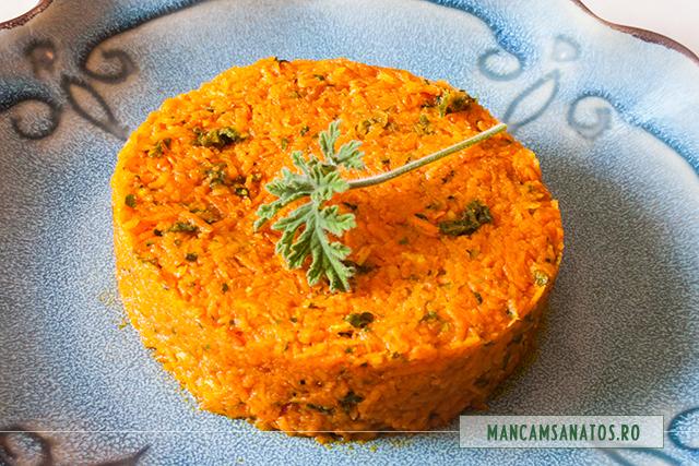 salata regala de morcovi, cu mar si mirodenii