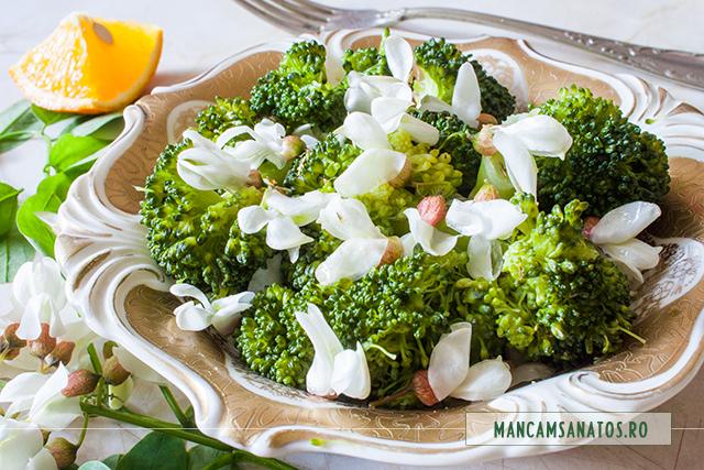 broccoli la abur, cu flori de salcam si condimente