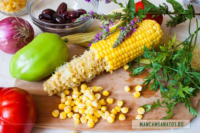 ingrediente pentru salata vegetariana la borcan, cu rachitan