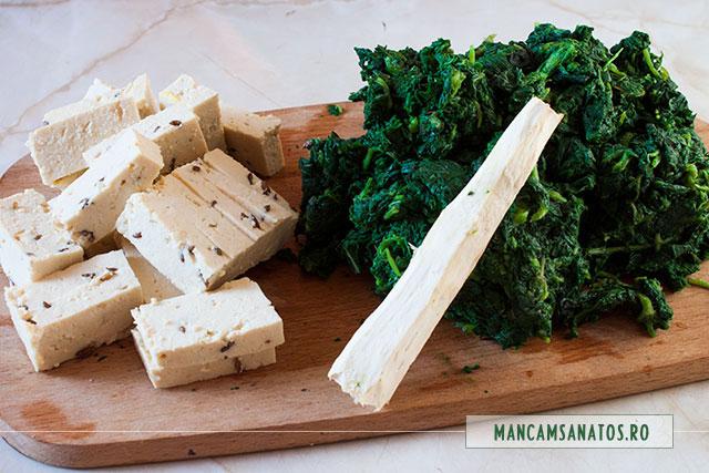 urzici fierte si tocate, cu hrean si tofu, pentru piure