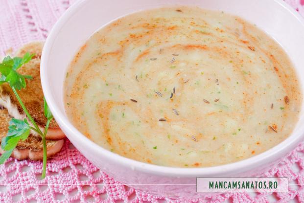 supa crema de cartofi, cu chimen si boia de ardei dulce 2