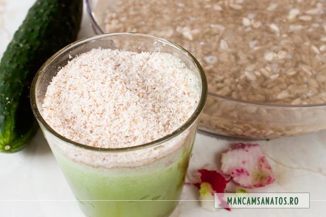 tarate de psyllium si seminte de floarea soarelui, la hidratat, pentru drob raw vegan.
