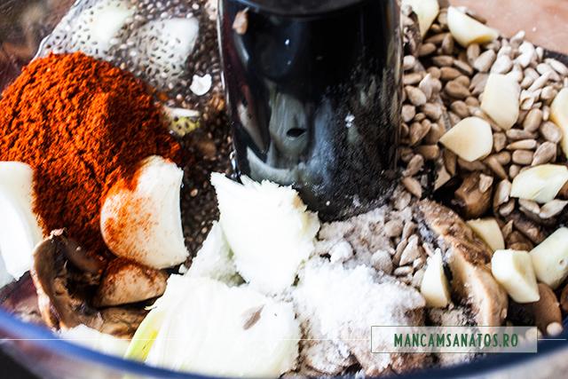 ingrediente pentru blat aperitiv festiv, in robot