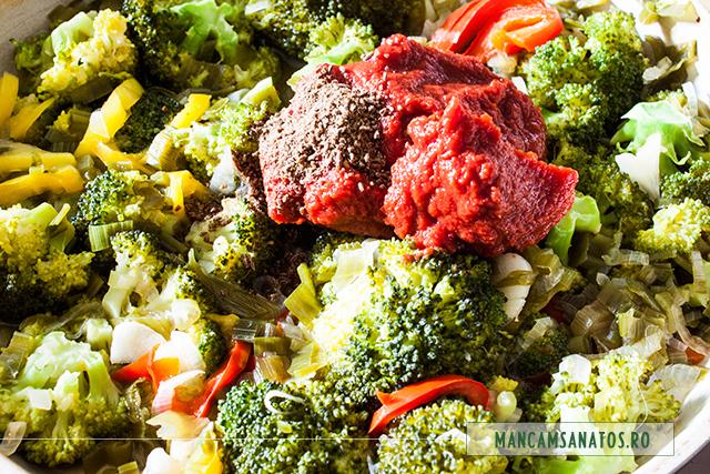 bulion si ienibahar macinat, peste broccoli si legume fierte