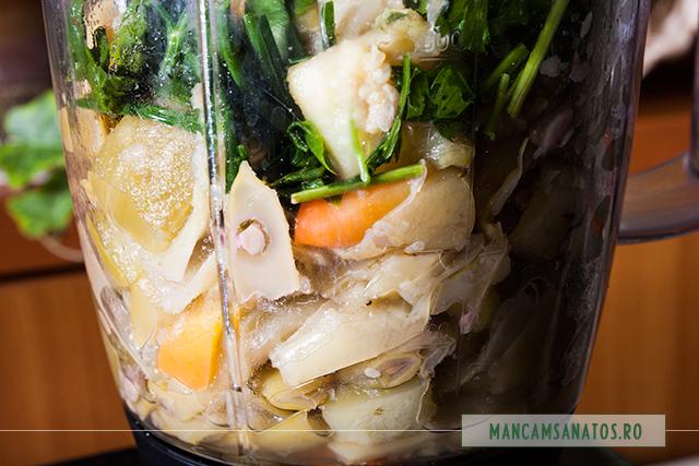 fasole verde, legume si verdeturi, in blender, pentru supa