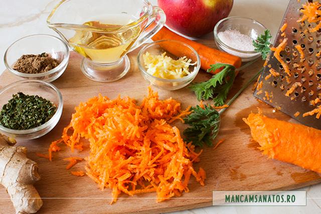 ingrediente pentru salata de morcovi cu mar si mirodenii