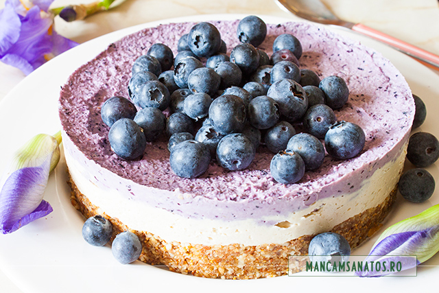 cheesecake raw vegan, cu afine