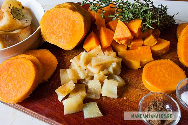 cartofi dulci fierti, cu ardei copti si mirodenii pentru salata