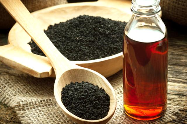seminte si ulei de chimen negru presat la rece