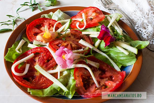 salata de cruditati, cu flori de gura leului