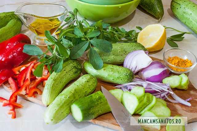 ingrediente pentru salata de castraveti, cu frunze de lucerna