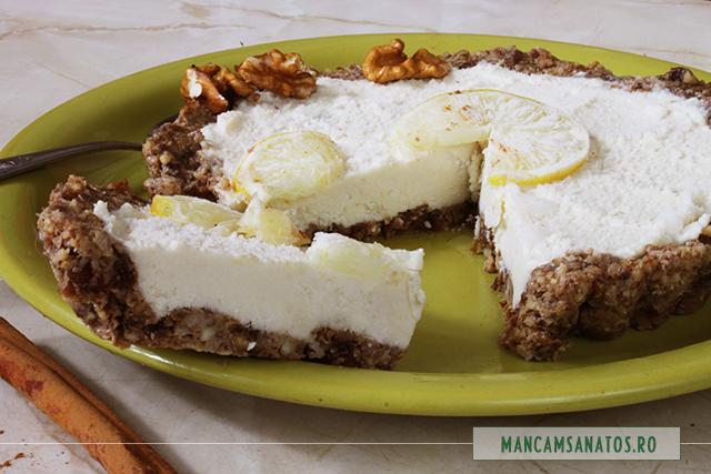tarta raw vegana, cu crema de lamiae, feliata