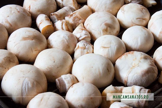 ciuperci champignon pe gratar, pentru ciuperci in aluat integral vegetal nedospit, fulg de nea