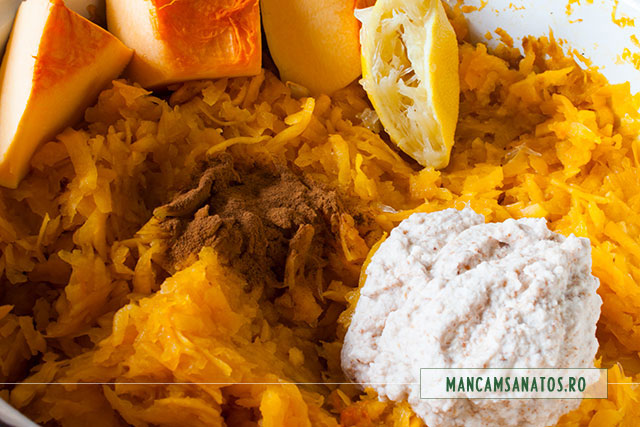 ingrediente pentru umplutura oentru prajitura cu dovleac din aluat integral cu lapte de migdale