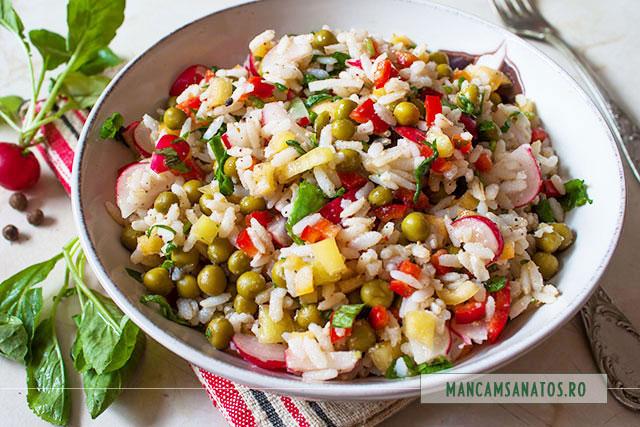 salata proteica vegetariana, cu ridichi