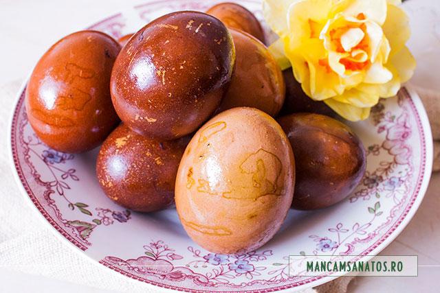 oua decorative, vopsite natural, pentru Paste