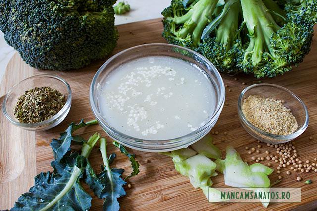 ingrediente pentru broccoli crud, cu dressing din seminte de mustar si de canepa