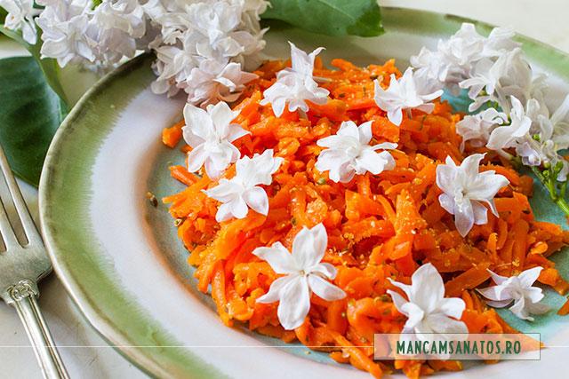 morcovi fierti la abur, usor picanti, cu flori de liliac, 2