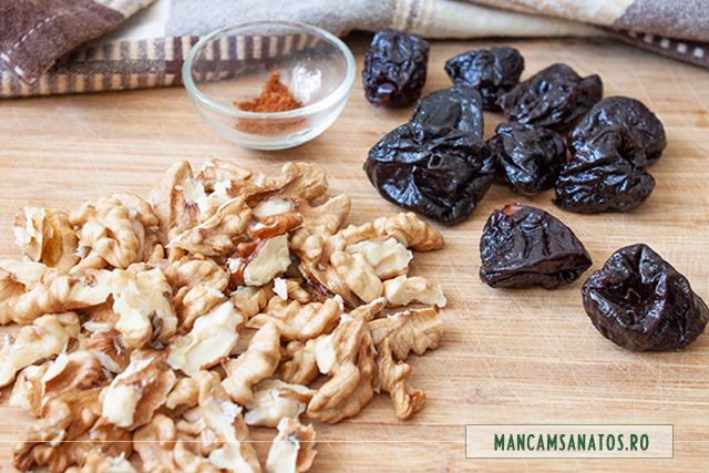 cele 3 ingrediente pentru bomboane raw vegane cu pudra de ardei iute