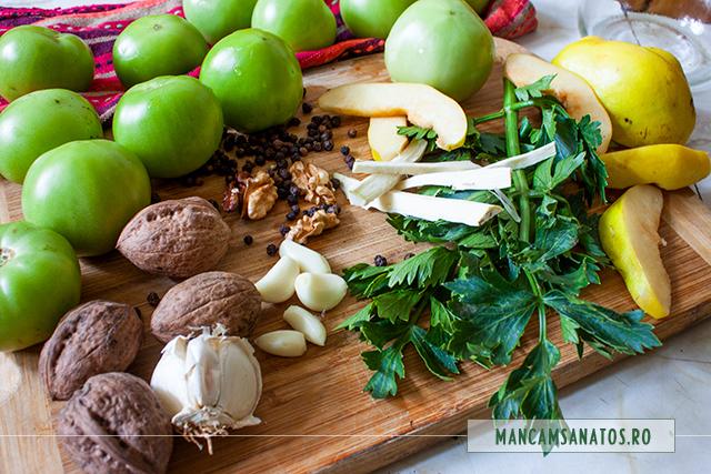 gogonele, gutui si nuci, cu telina si mirodenii, pentru conservat in saramura