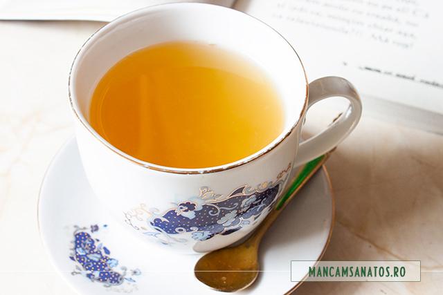 ceai de ghimbir, cu miere de balta