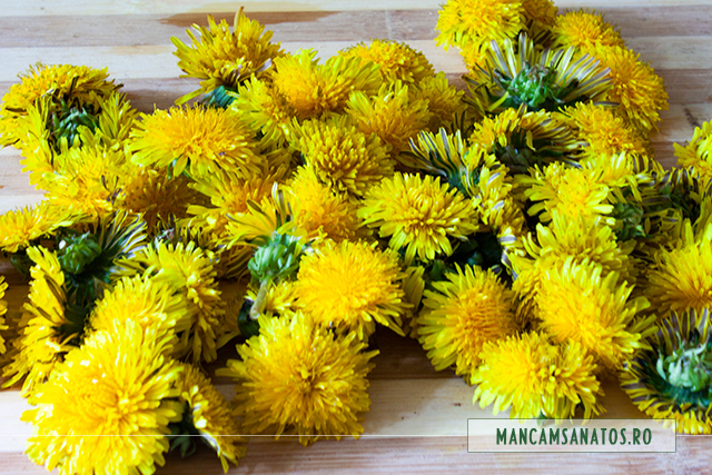 flori de papadie, pentru miere de albine, cu infuzie macerata de flori de papadie
