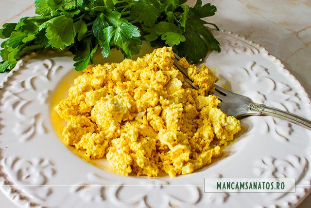 scrob (omleta creata) din tofu
