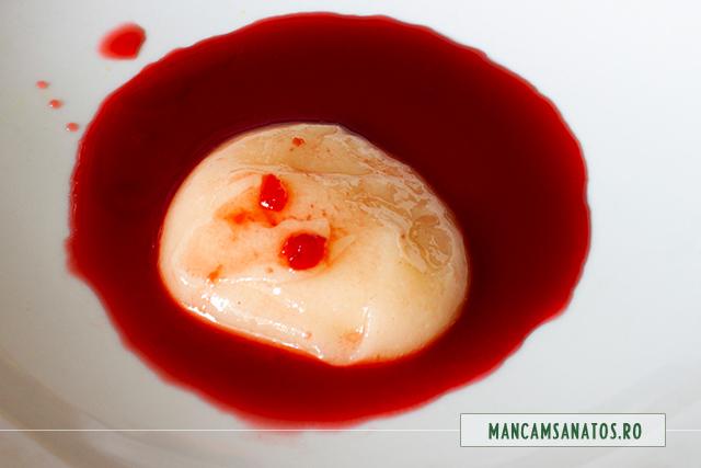 ingrediente glazura pentru minitort raw vegan cu crema de visine si pudra de maca