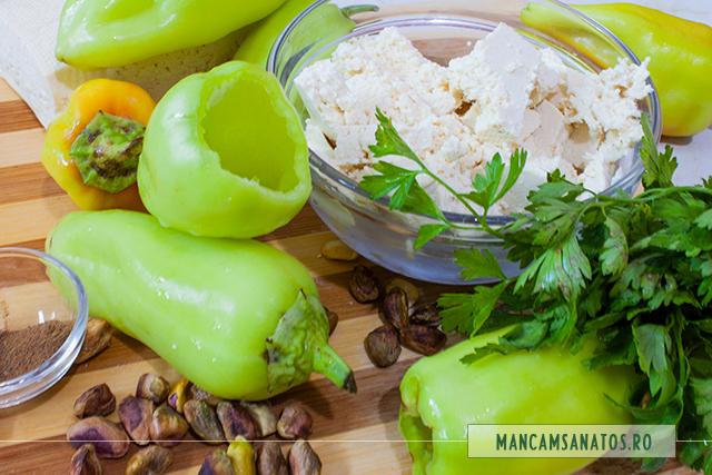 ingrediente pentru ardei umpluti cu tofu si fistic