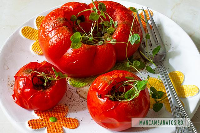 salata de rosii coapte, cu ienibahar si oregano