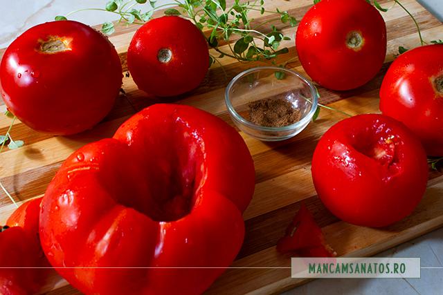 ingrediente pentru salata de rosii coapte, cu ienibahar si oregano