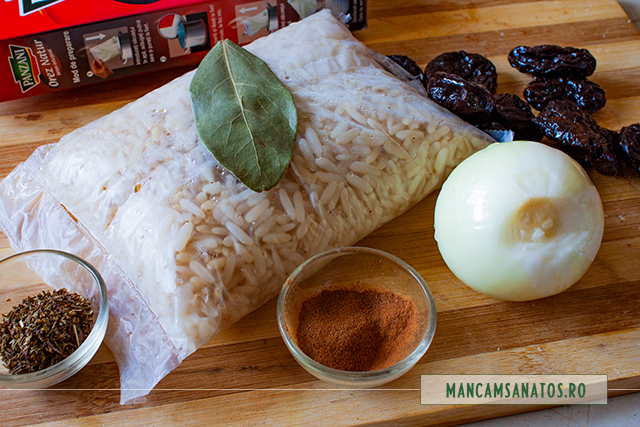 ingrediente pentru sarmale vegane, cu orez brun si prune uscate