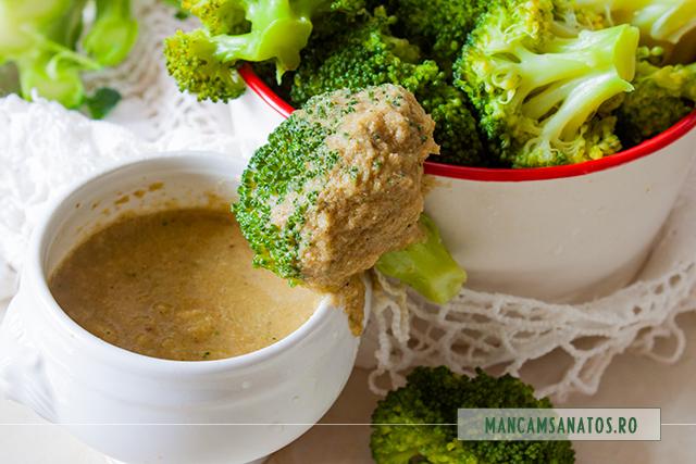 broccoli in sos de dovlecel cu mirodenii