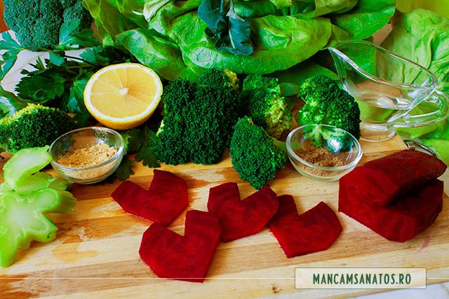 ingrediente pentru salata de broccoli, cu inimioare de sfecla rosie, pentru Valentine's Day