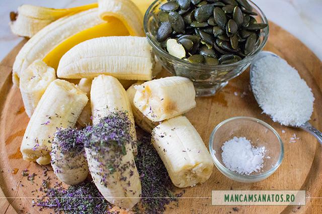 ingrediente pentru crema de tort raw vegan, cu crema de banane si menta