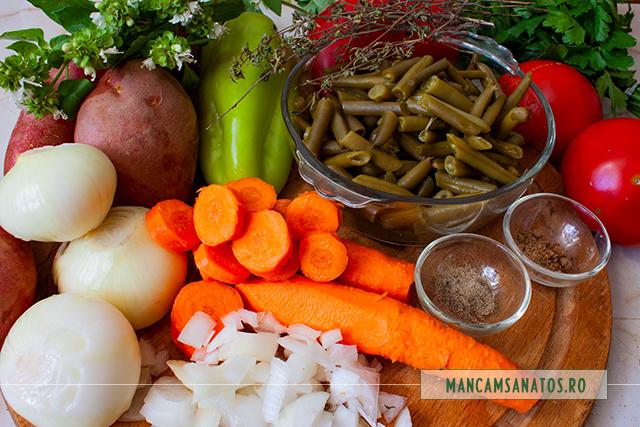 ingrediente pentru tocana de legume, cu mirodenii si busuioc verde