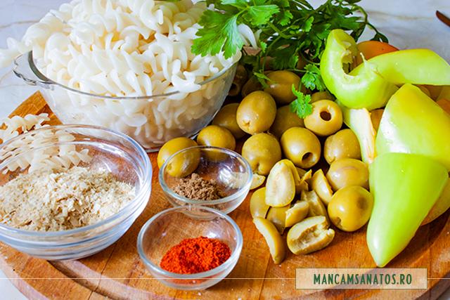 ingrediente pentru paste fara gluten, cu masline si sos de ardei cu  drojdie inactiva
