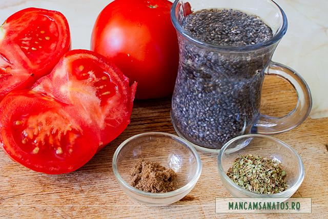 ingrediente pentru smoothie cu rosii, seminte de chia si mirodenii