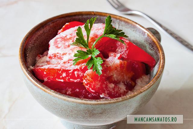 salata de rosii, cu emulsie enzimatica de paducel si hrean