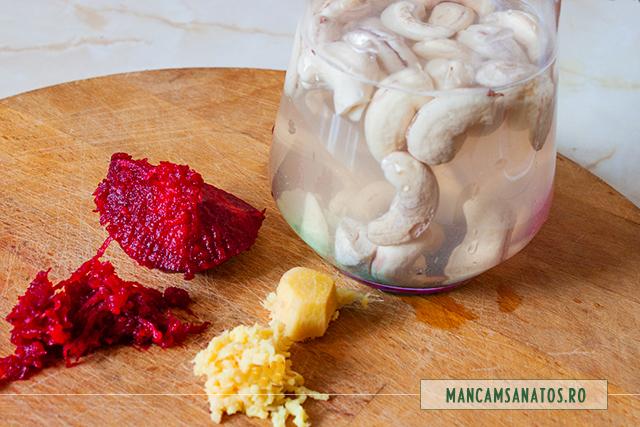 ingrediente pentru smoothie de caju, cu sfecla rosie si ghimbir