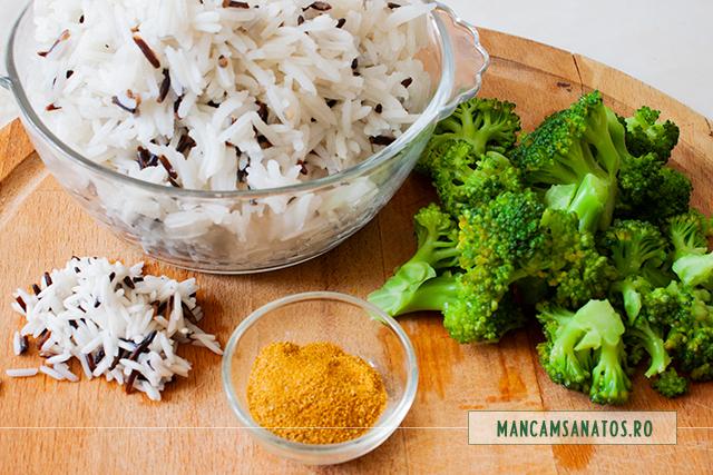 ingrediente pentru orez basmati si salbatic, cu broccoli si curry