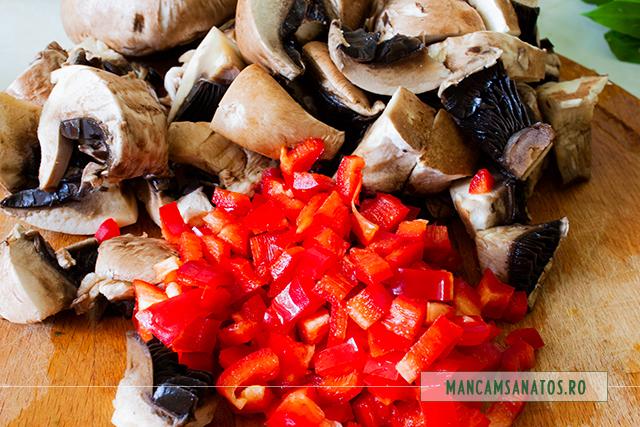 ardei si ciuperci pleurotus pentru ciorba de primavera, cu ciuperci si leurda