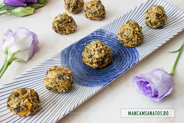 corcoduse pasate pentru buseuri raw vegane cu seminte de dovleac si corcoduse